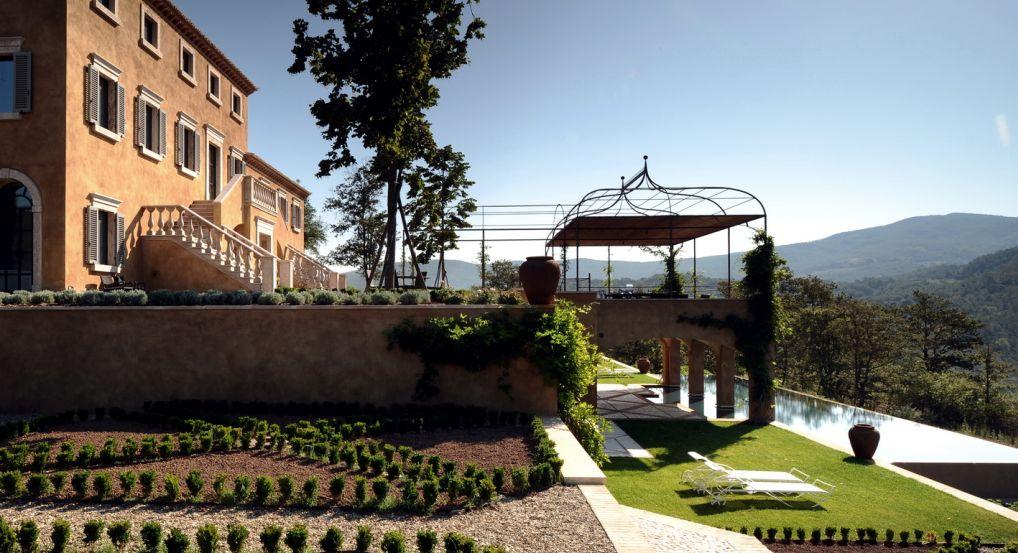 Palazzo Castello Di Reschio Excellence Villas Luxury